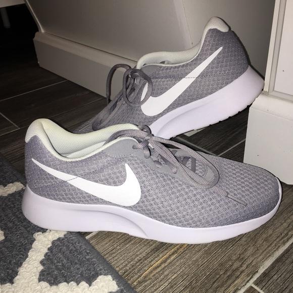 Womens Nike Tanjun Tennis Shoes Poshmark